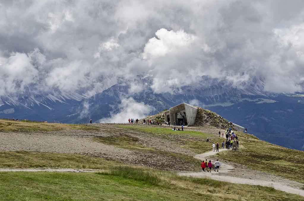 Quando alla fine del luglio 2015 fu inaugurato il Messner Mountain Museum, sul Plan de Corones, in Trentino Alto Adige